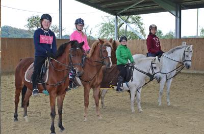 Ponyferien Mormann - Mädchen - Reiten